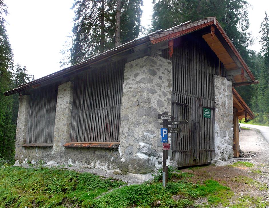 Ausstellungsplanung. Waldhütte.