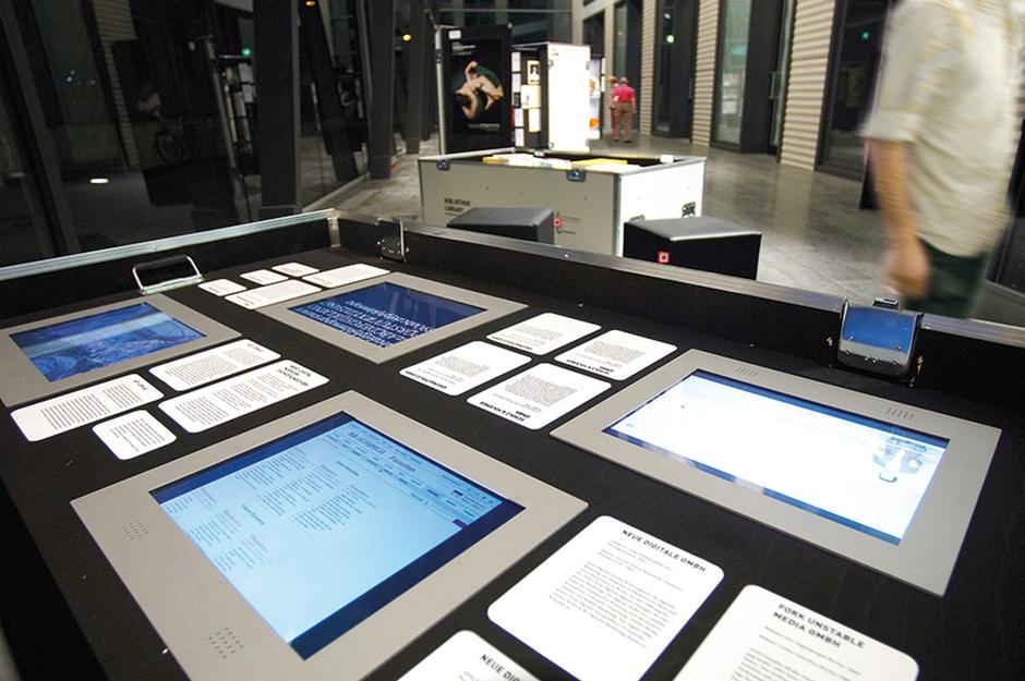 Ausstellungsarchitektur. Verschiedene Bildschirme